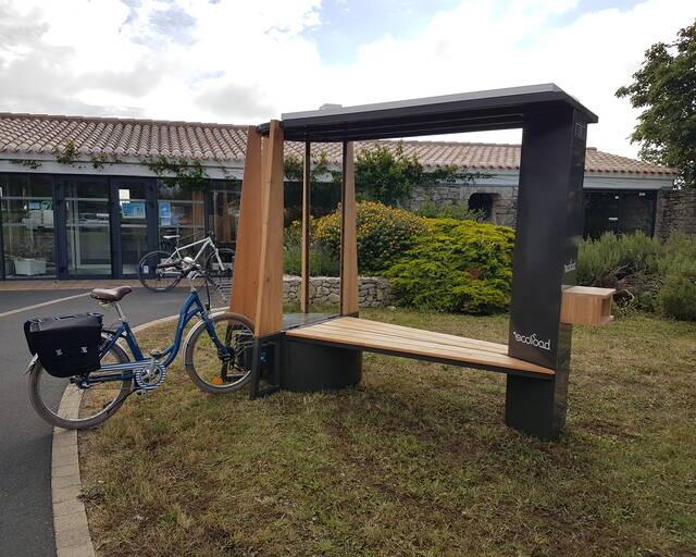 Installation de bornes de recharge pour vélos électriques